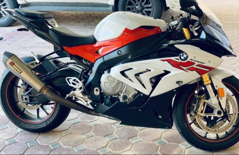 2017 BMW 1000rr..whatsapp..+971556543345