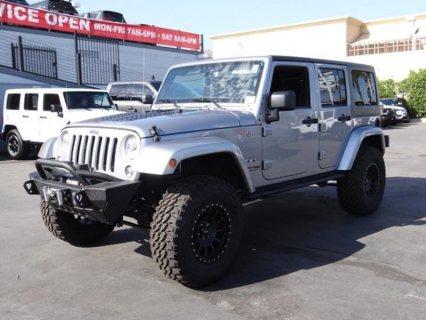 2018 Jeep Wrangler Unlimited Sahara - 4x4 Sahara 4dr SUV