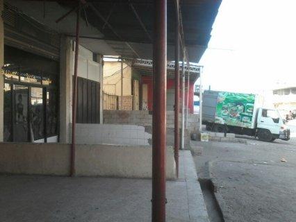 محل تجاري على الطريق العام (عكار-العبدة) للبيع